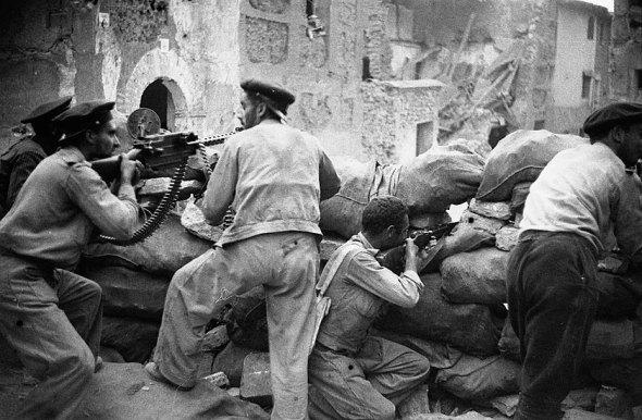 Belchite, frente de Aragón, septiembre de 1937