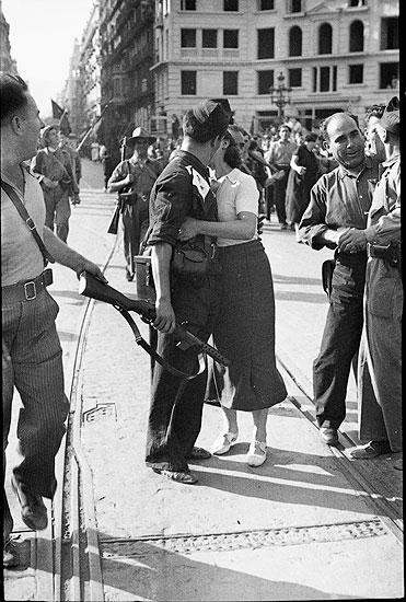 Salida de milicias hacia el frente, Barcelona, julio de 1936