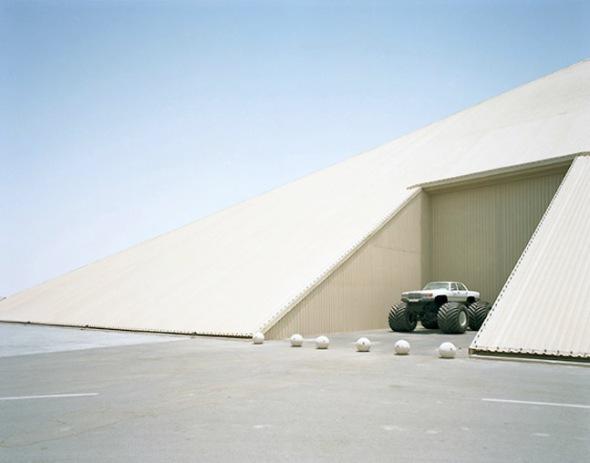 Dubailand - Aleix Plademunt