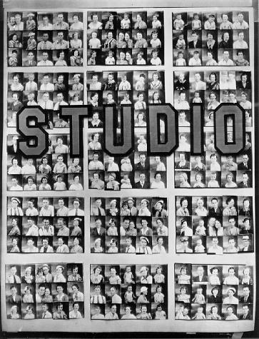 Walker Evans - Penny Picture Display, 1936