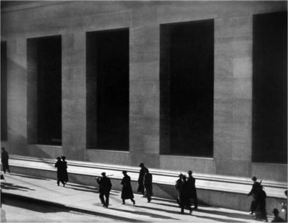 Paul Strand - Wall Street, 1915