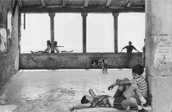 Henri Cartier-Bresson: Simiane la Rotonde, 1970