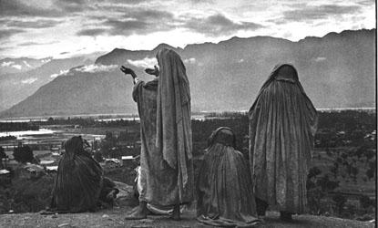 Henri Cartier-Bresson - Srinagar (Kashmir) 1948