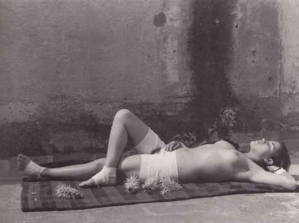 Manuel Álvarez Bravo - La buena fama durmiendo, 1938