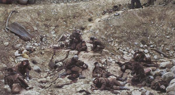Jeff Wall - Dead Troops Talk, 1992