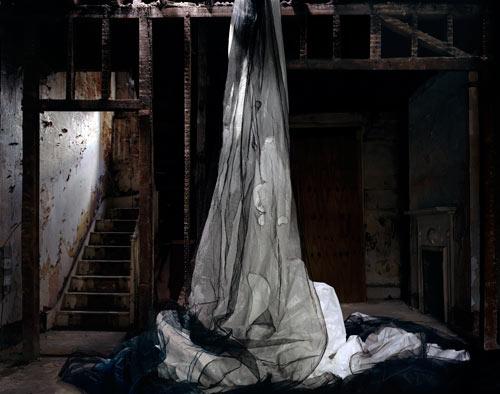 Noemie Goudal - Coulee (de la serie Les Amants, 2010)