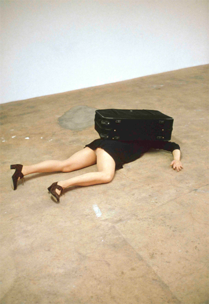 Erwin Wurm: One Minute Sculptures (1997)