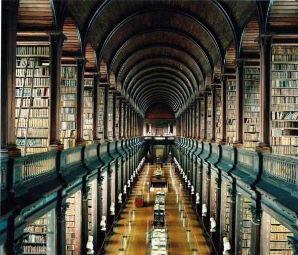 Candida Höfer - Trinity College Library, Dublin