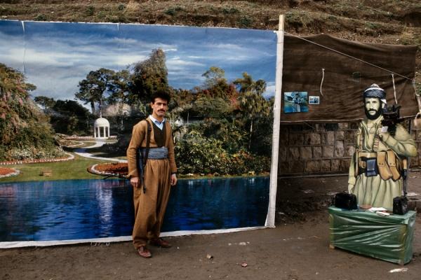 Susan Meiselas, Kurdistan: Street Photographs (Iraq, 1991)