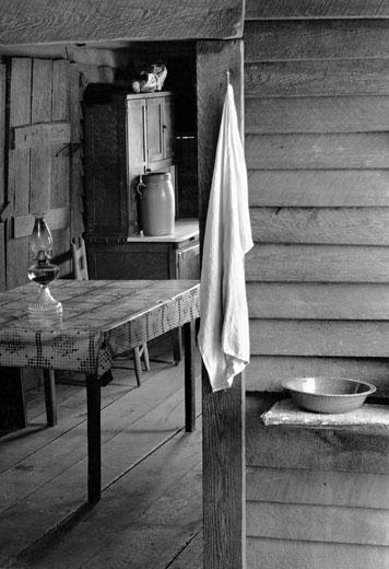 Walker Evans - Farmer's Kitchen, Hale County, Alabama, 1936